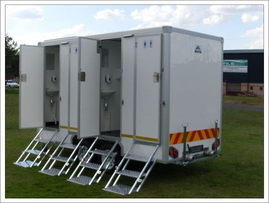 Portable Toilets / Restrooms