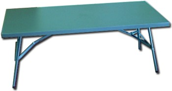Plastic Tables Manufacturers